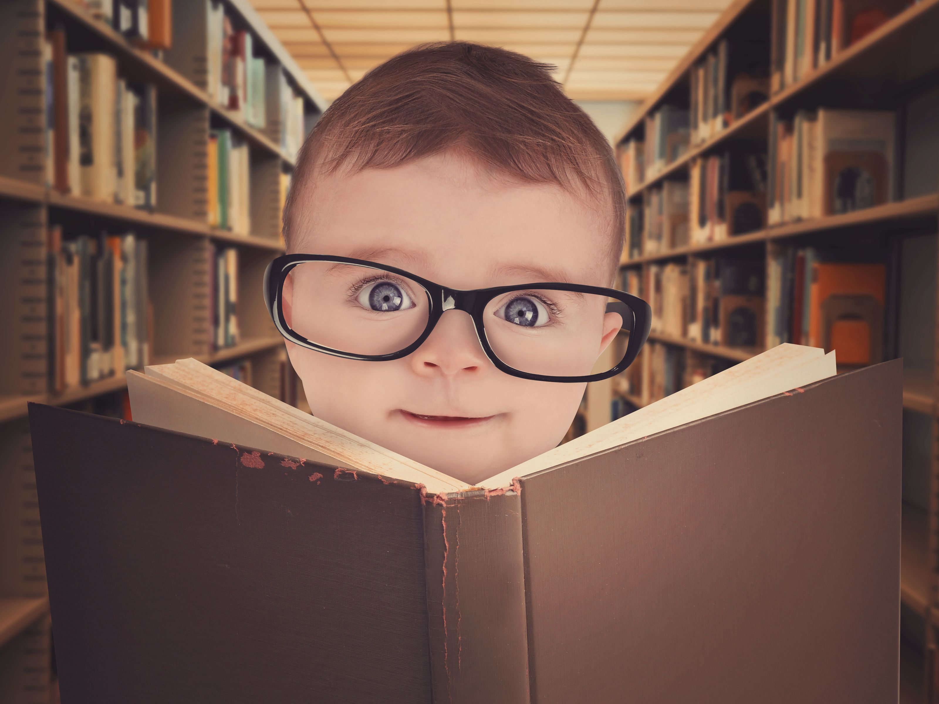 Here Are Some Clear Signs Your Baby Is Pretty Smart - 28 hilarious proofs kids always step ahead 8 genius