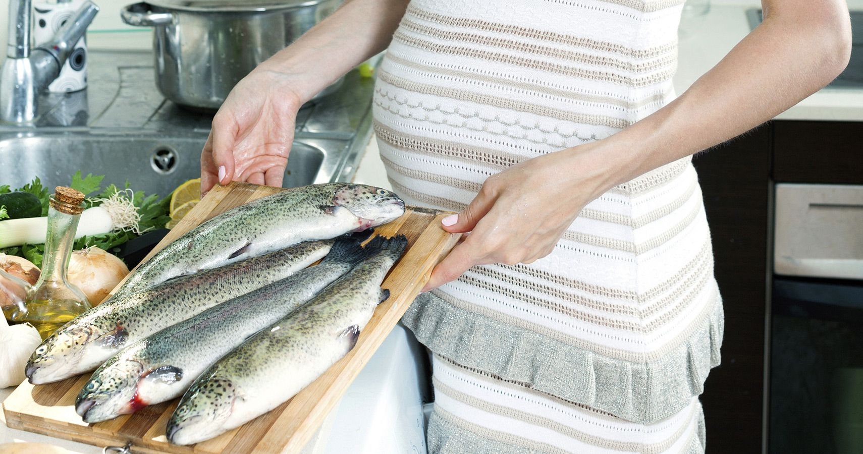 consuming seafood during pregnancy can improve children's